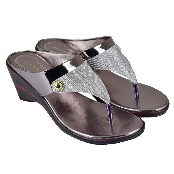 STEP N HEEL FOOTWEAR 058