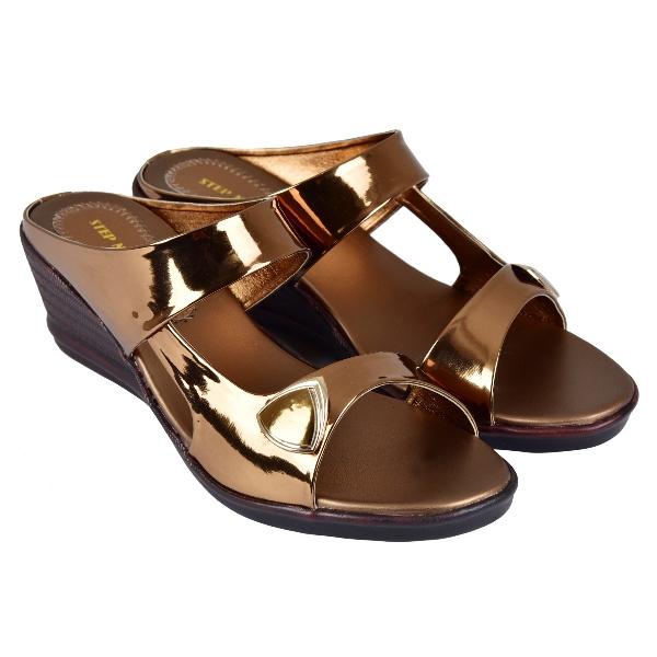 STEP N HEEL FOOTWEAR 059